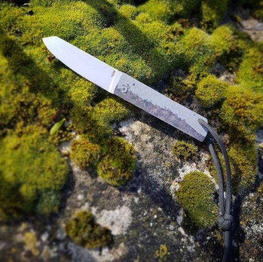 Couteau pliant à friction
