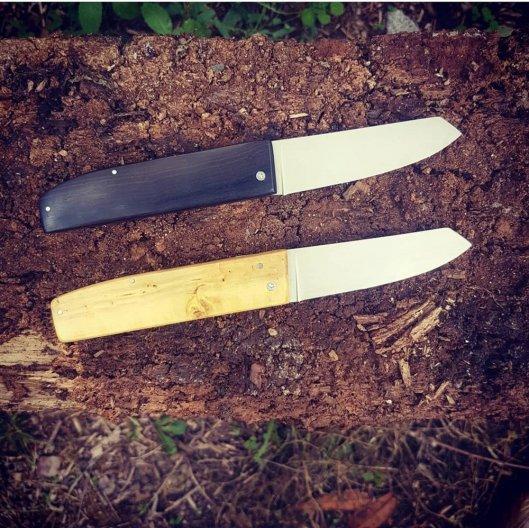 Couteaux  pliants à friction